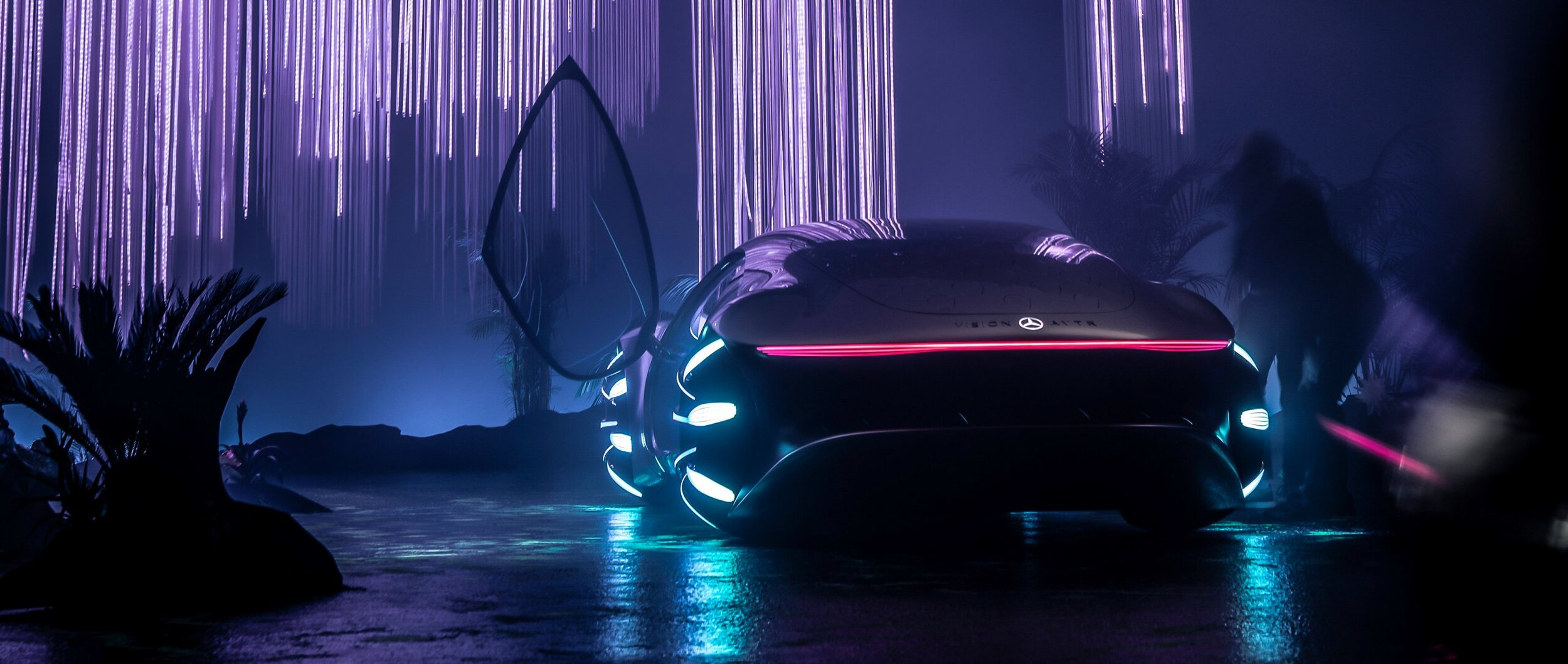15-mercedes-benz-vehicles-concept-cars-vision-avtr-3400x1440.jpeg