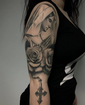 Custom Black and Grey Virgin Mary with Roses and Rosary Tattoo by Salvador Diaz at Certified Tattoo Studios in Denver Co (8).jpg