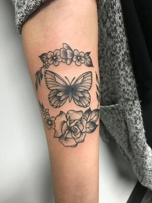 Custom Black and Grey Butterfly and Ring of Roses Neo Traditional Style Tattoo by Alec at Certified Tattoo Studios Denver CO  (2).jpg