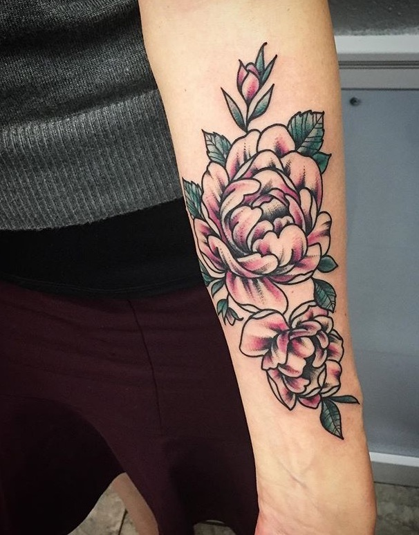 Traditional+Flower+Tattoo+by+Spencer+at+Certified+Tattoo+Studios+Denver%2C+Colorado%27s+Best+Tattoo+Studio.jpg