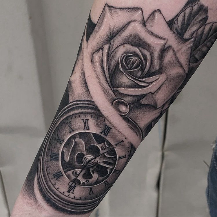 Custom+Black+and+Grey+Rose+and+Clock+Tattoo+by+Ramon+Marquez+at+Certified+Tattoo+Studios+Denver+Co.jpg