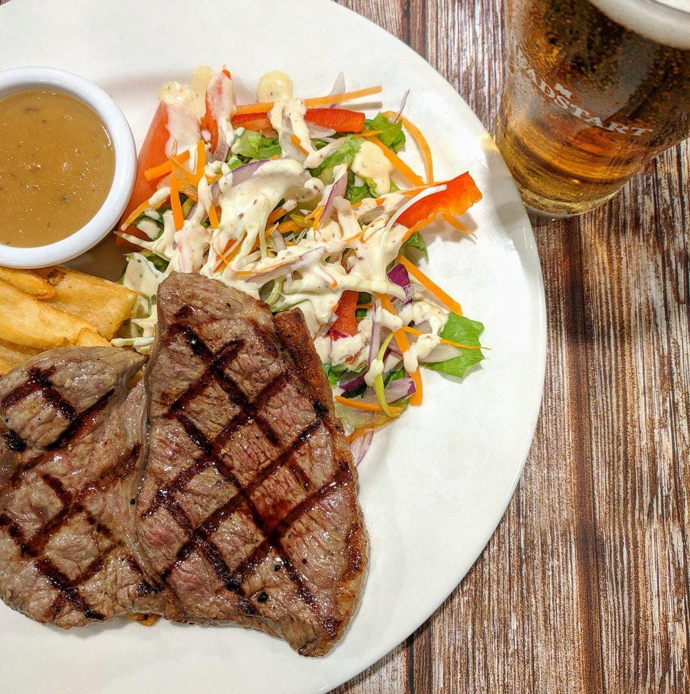 Steak+&+schooner.jpg