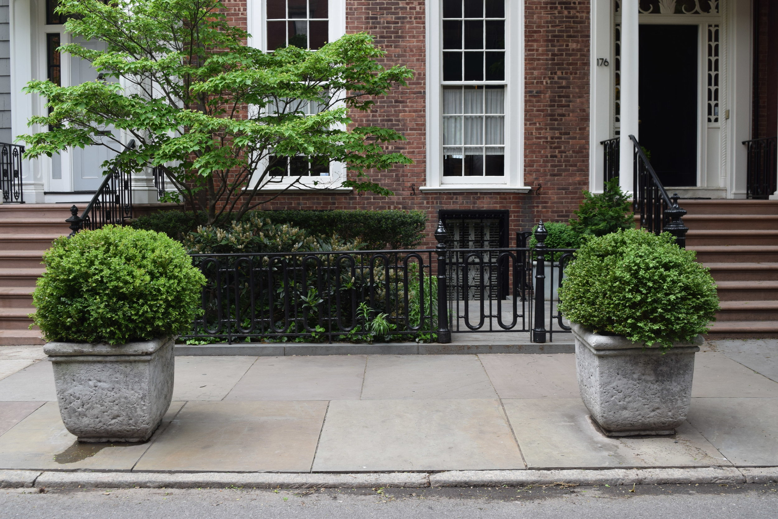 Brooklyn's Bluestone Sidewalk Provider