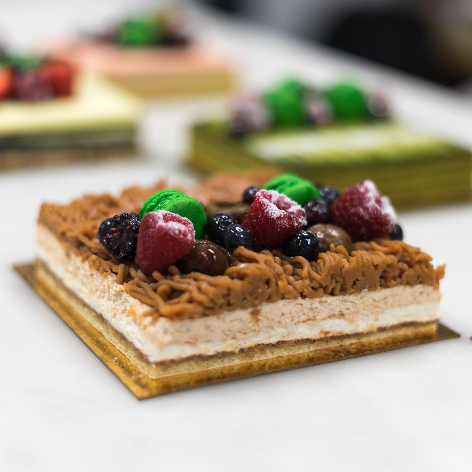 Maron Full Size Cake.jpg