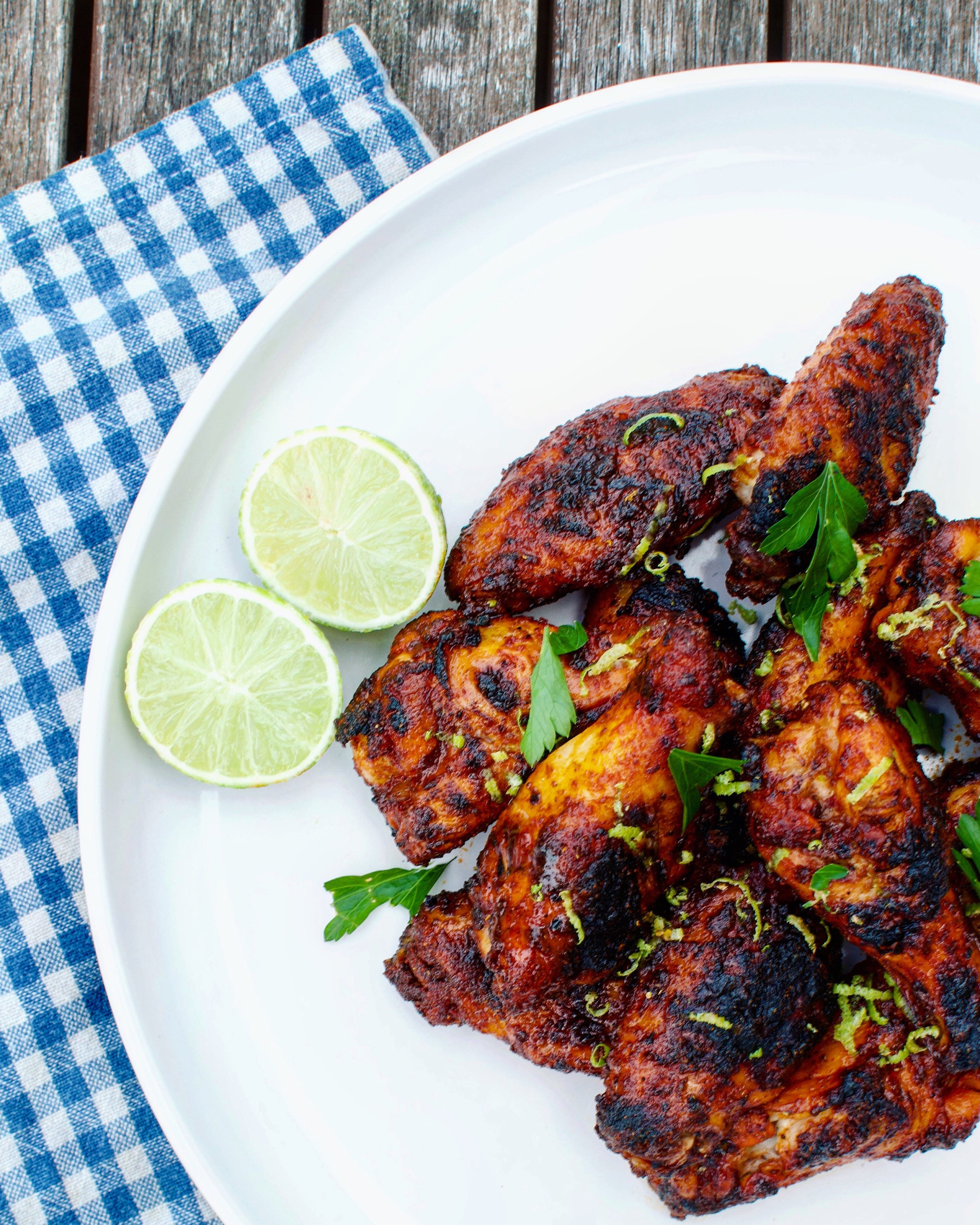 Grilled lime and chilli wings