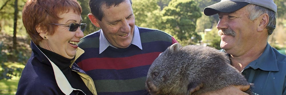Colin with wombat.jpg