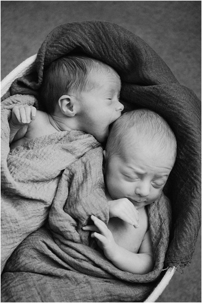 family and newborn || film photography || cara dee photography_0550.jpg