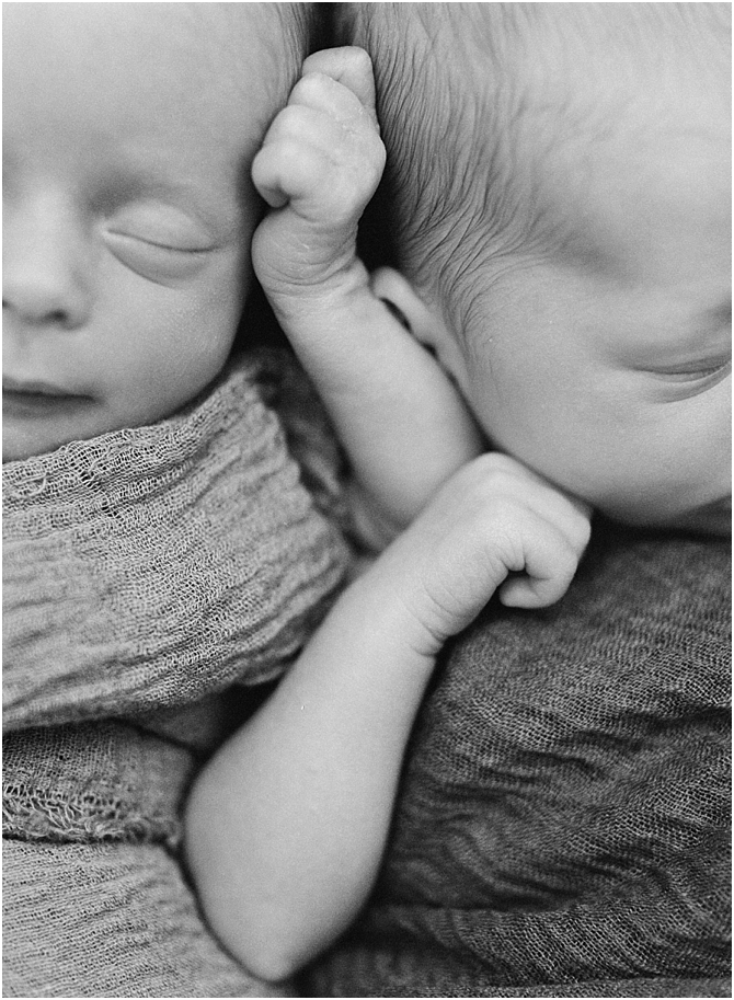 family and newborn || film photography || cara dee photography_0561.jpg