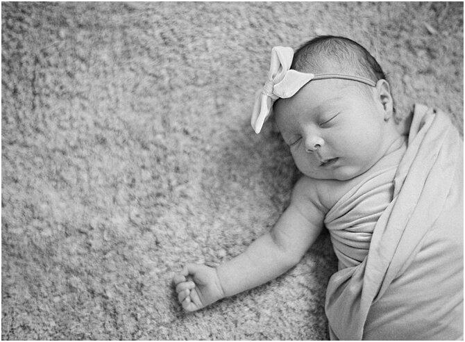 newborn    film photography    cara dee photography_0341.jpg