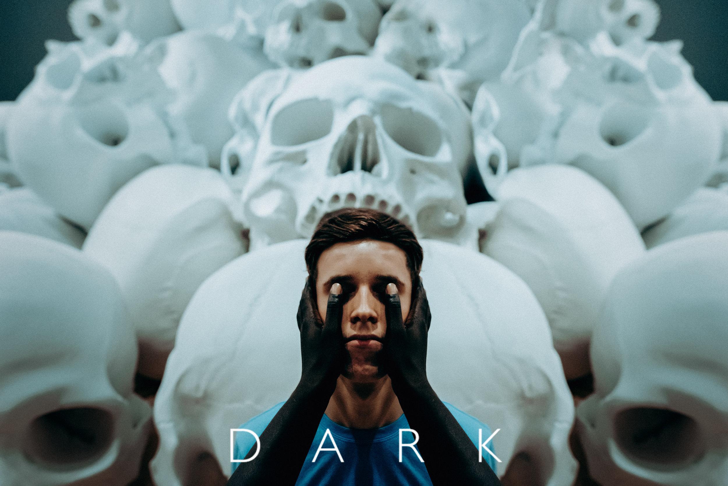 NETFLIX 01 - Dark.jpg