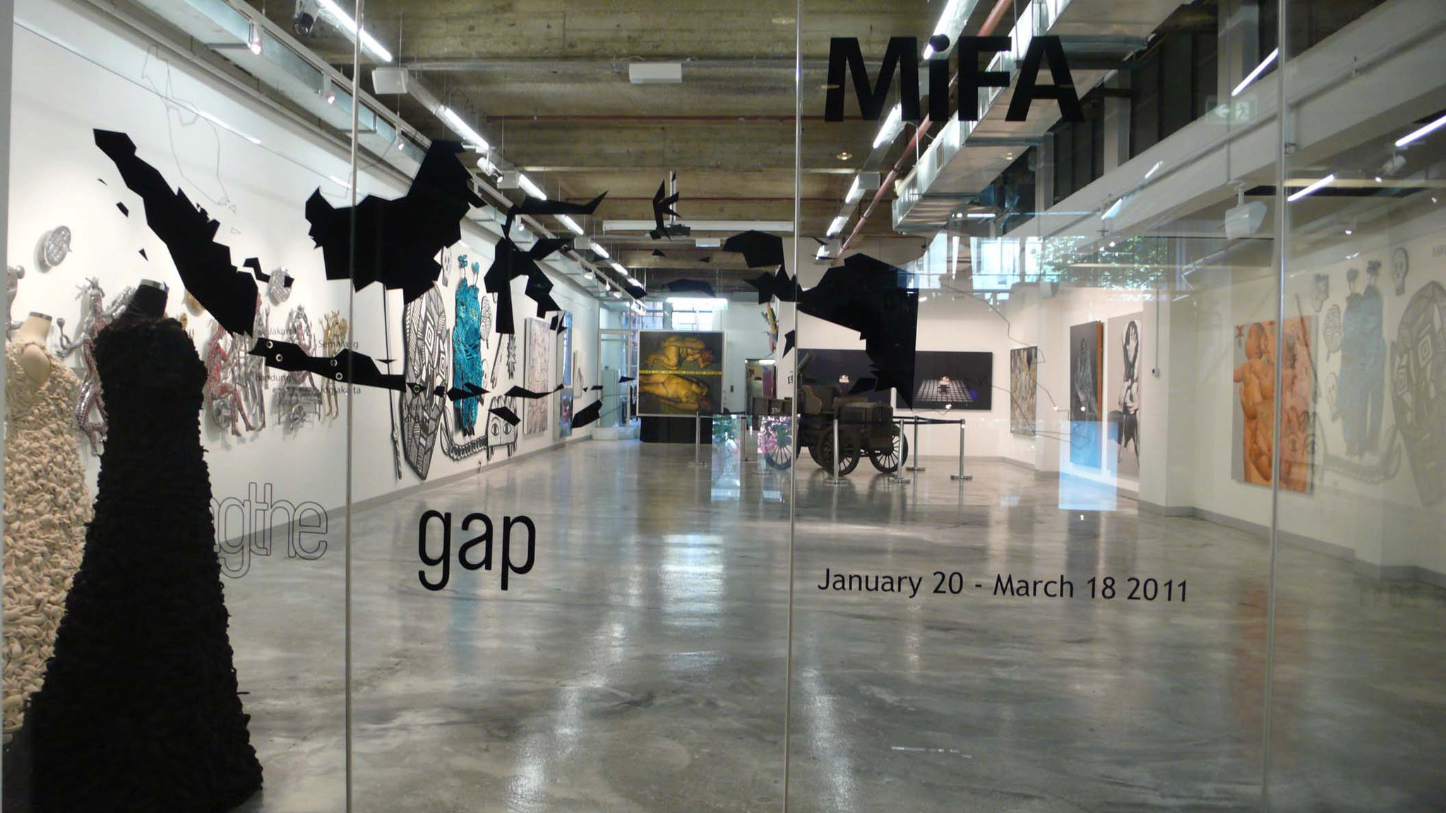 3_Closing the Gap, MiFA Gallery, Melbourne, 2011_2.jpg