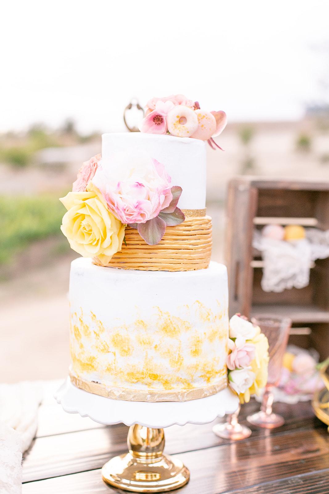 Cake Stand $5.00