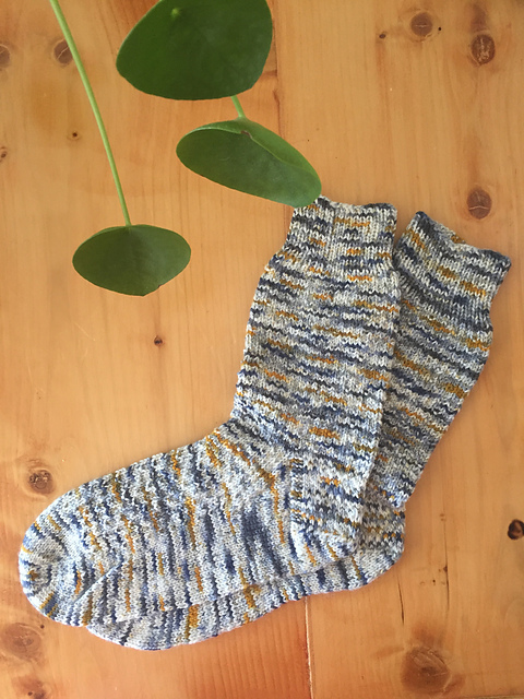 Hermione's Everyday Socks by Erica Lueder  Photo © kelseyyyy  Click the picture to visit the pattern page.