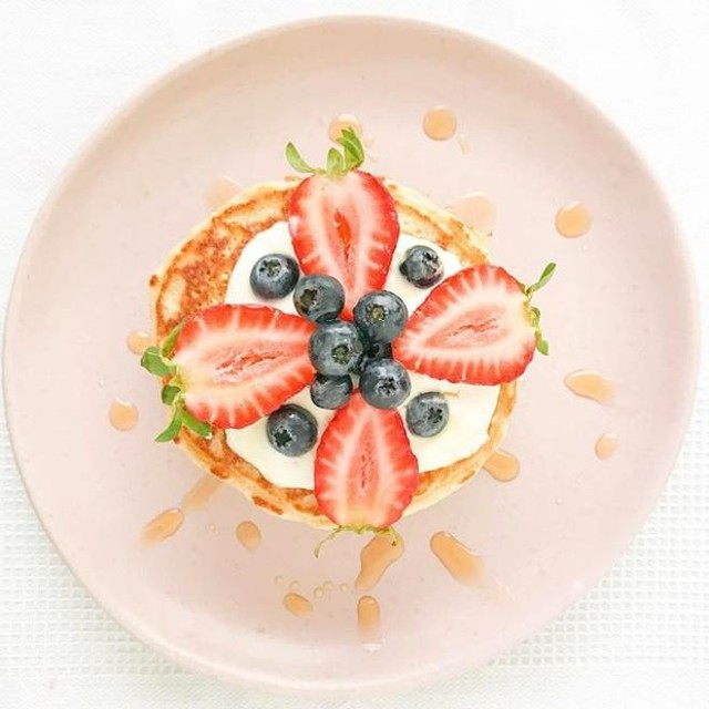 No pancake stack is complete without a bit of greek or natural yoghurt to top it off - not to mention ALL your favourite fresh local fruit! @Mundella_foods have us covered when it comes to #PancakeTuesdays.⠀ ⠀⠀⠀⠀⠀⠀⠀⠀⠀⠀⠀⠀⠀⠀⠀⠀⠀⠀⠀⠀⠀⠀⠀⠀⠀⠀⠀⠀ Tell us your fave toppings! Is it caramelised Granny Smith apples, bananas with a sprinkling of sugar or something just as sweet and tasty?⠀ ⠀⠀⠀⠀⠀⠀⠀⠀⠀⠀⠀⠀⠀⠀⠀⠀⠀⠀⠀⠀⠀⠀⠀⠀⠀⠀⠀⠀ 📸: @sarahmoorewellness⠀ ⠀⠀⠀⠀⠀⠀⠀⠀⠀⠀⠀⠀⠀⠀⠀⠀⠀⠀⠀⠀⠀⠀⠀⠀⠀⠀⠀⠀ #buywesteatbest #MundellaFoods #food #foodie #instafood #foodstagram #instafood #foodlover #foodpics #foodies #foodpassion #foodgoals #yummy #delish #hungry  #delicious #eeeeeats #perthfoodie #perthfoodies #perthfood  #pertheats #perthyums #perthgrub #pancakes