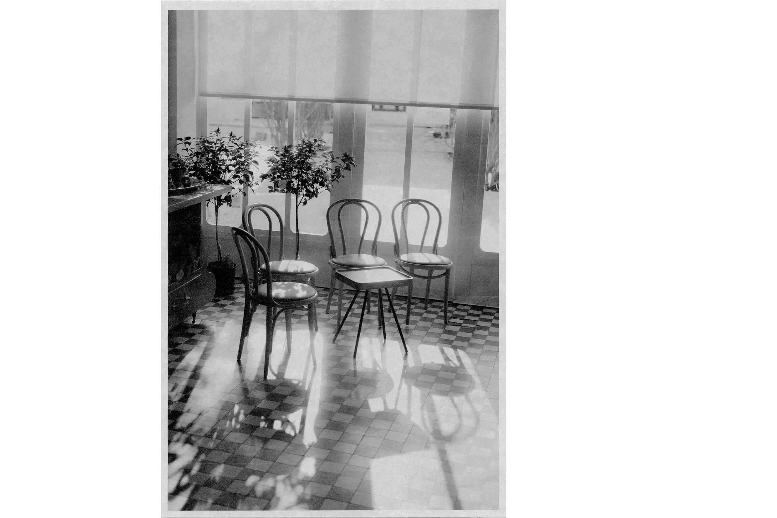 Noon in a Café , Philadelphia, 2018