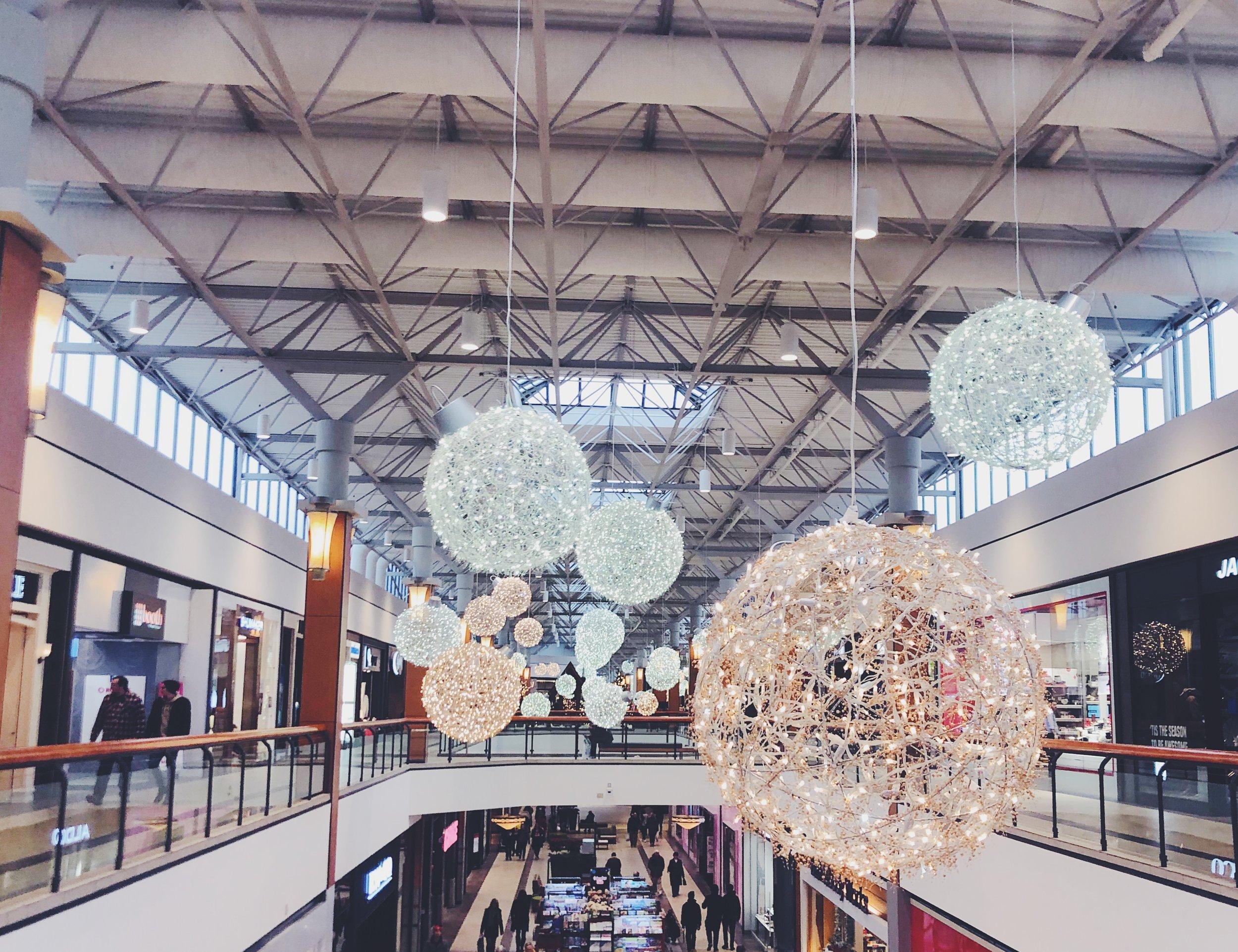 Blogmas Shopping Tips.jpeg