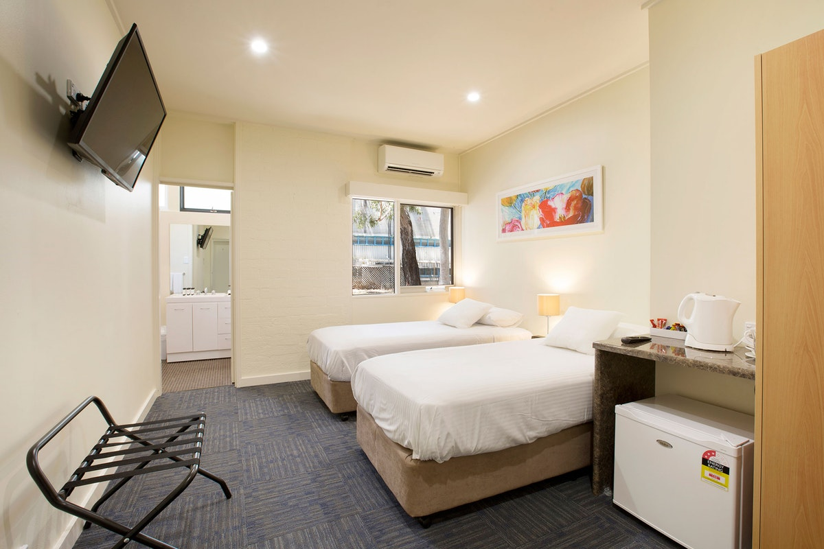 condell-park-accommodation (5).jpg