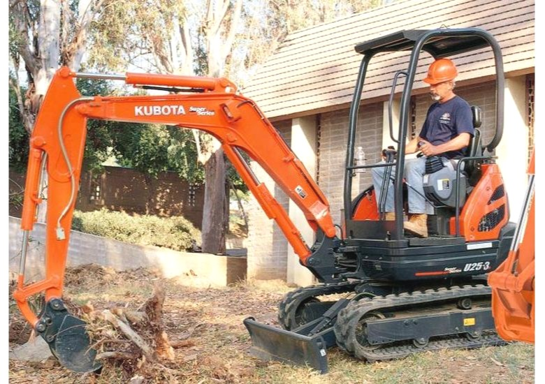 Digger and excavation services in Auckland