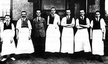 The Dean Tavern staff in 1923