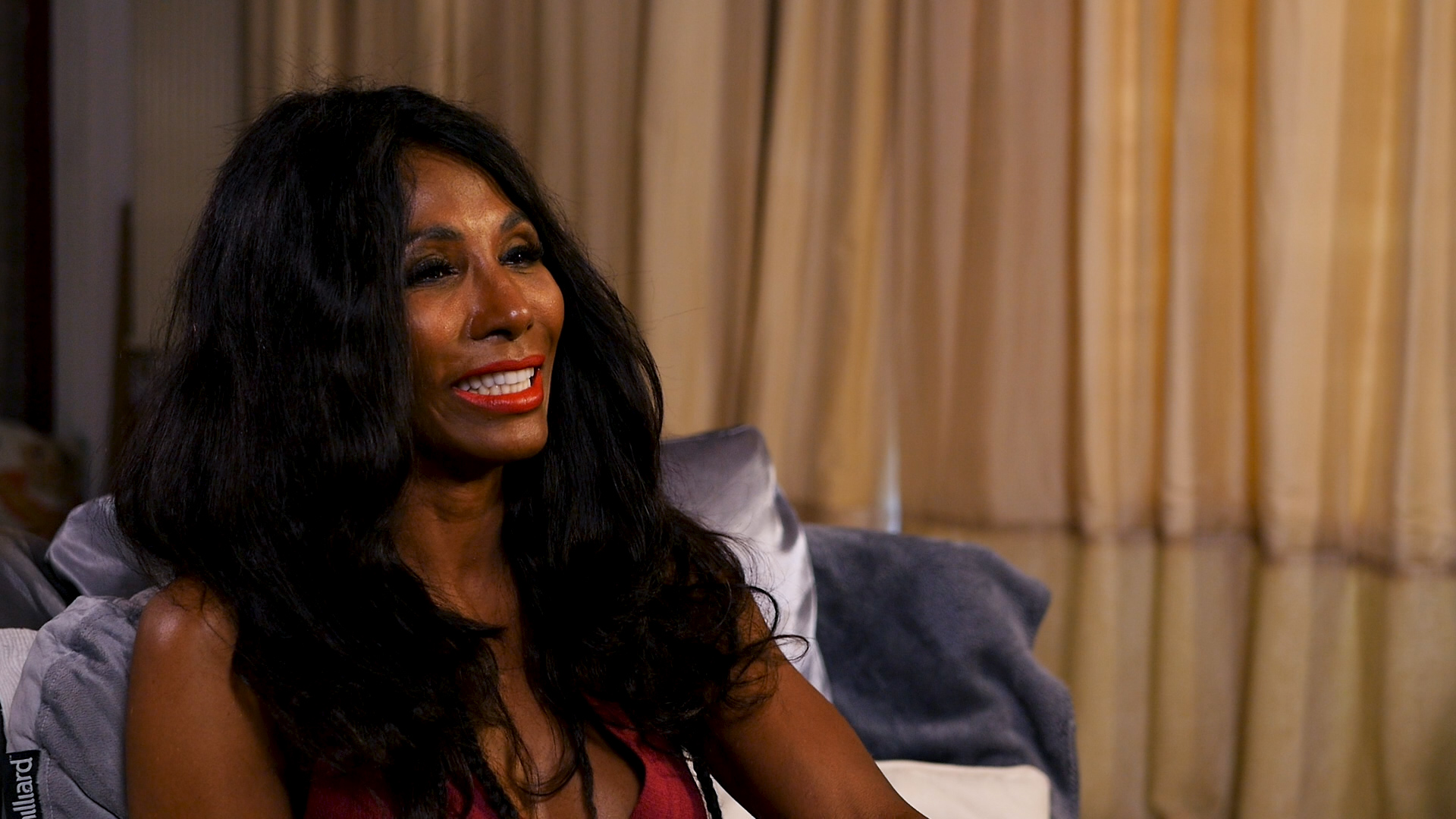 Sinitta's Vook - Here you will be able to hear my life story, my anecdotes, my successes, my failures - the good times, the bad times, and everything in between!
