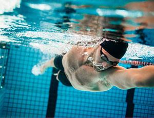 8.Swimming-shutterstock_516633376.jpg