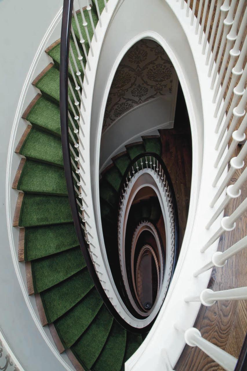 Eliptical Stair.jpg
