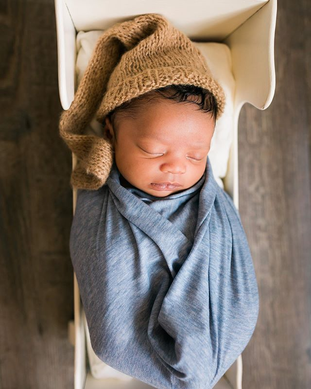 Lil' sleepy newborns are my fav 💕 . . . . . . . . . . #keiradavisphoto #keiradavisphotography #createatl #atlantaphotographer #photography #risingtidesociety #photographer #portraiture #product #productphotographer #lifestyleportraits #communityovercompetition #atlanta #marietta #kennesaw #newborn  #newbornphotography #atlantanewbornphotographer #letthekids #letthembelittle #pnmag #magicofchildhood #pixel_kids #kidsforreal #igmotherhood #ig_motherhood #littleandbrave #cameramama #thefamilycollective