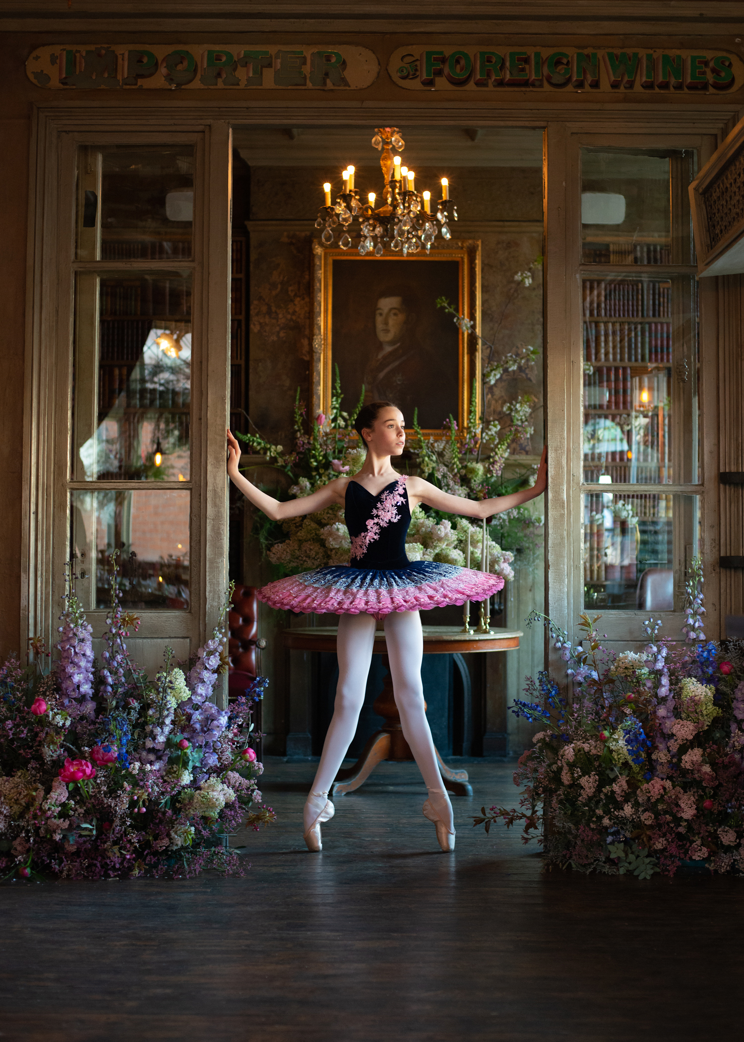 Dancer: Liberty  Tutu by Baby Bunheads  Photographer: Karolina Webb  Location : Location : Paradise by Kensal Rise  Flowers by Scarlet & Violet