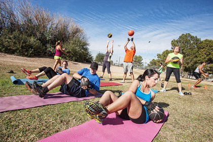 26399205_L_Workout_outdoor_Excercise_Yoga_Ball.png