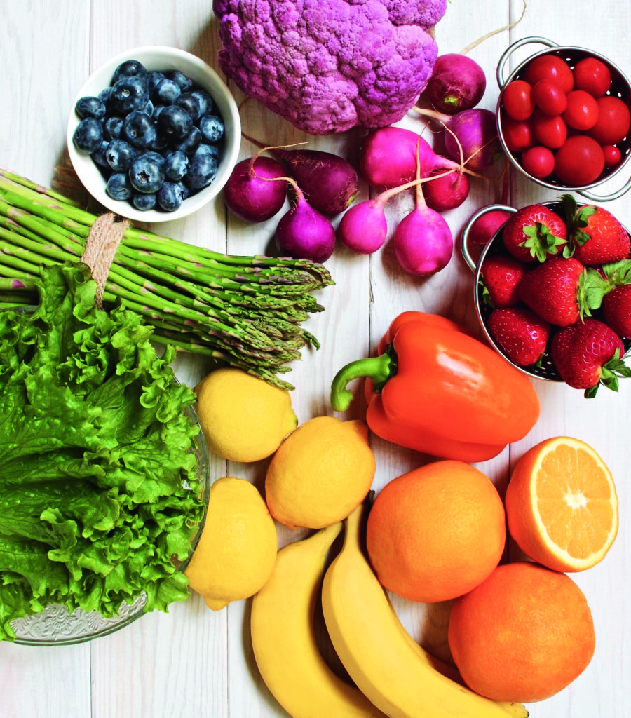 kale, asparagus, lemon, banana, oranges, pepper, strawberries, beats, blueberries
