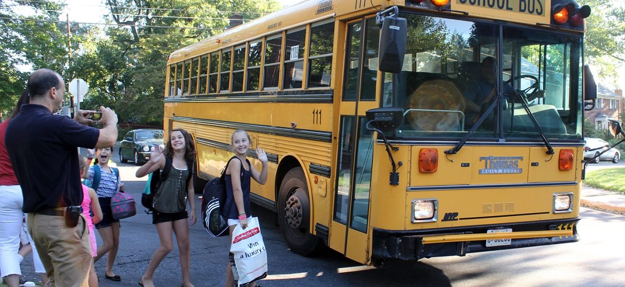 School-bus-Woodleywonderworks-1220x560.jpg