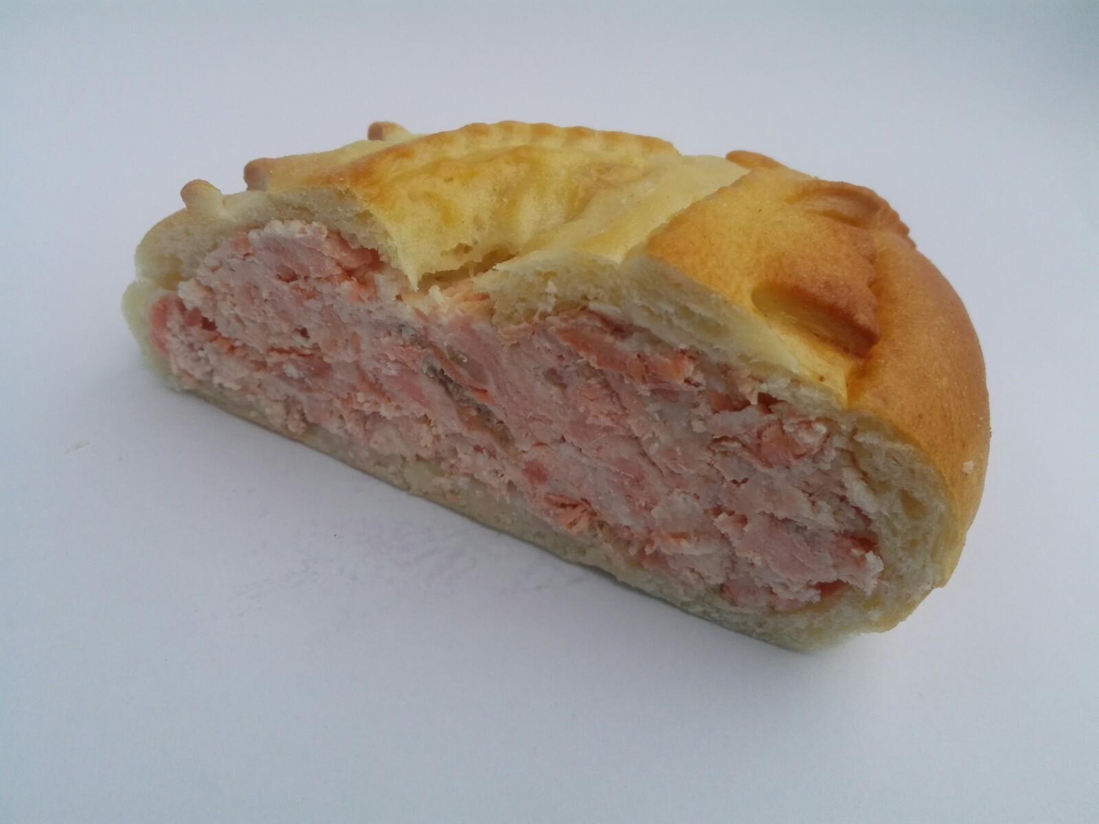 salmon_cream_cheese_russian_pie_1.jpg