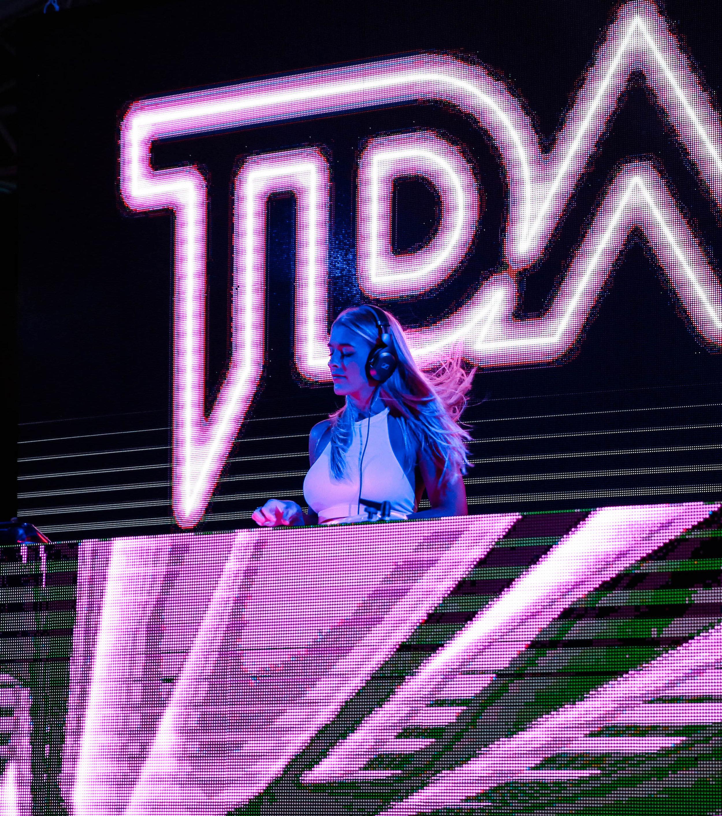 3 - TDade SLS Brickell Miami FL Tricia Dade DJ T.Dade-0663 copy 3.jpg