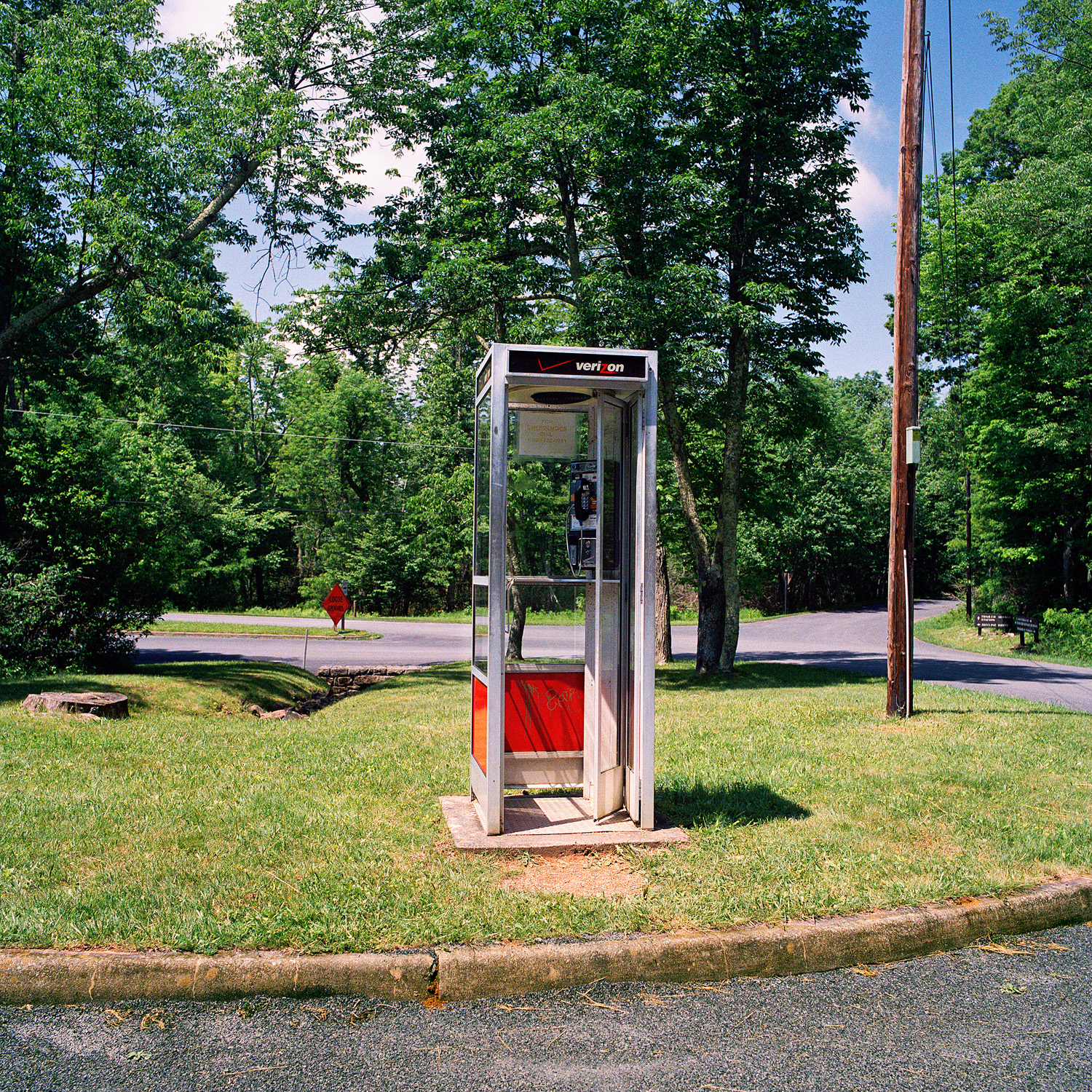 05_Parklife_Shenandoah_PhoneBooth.jpg