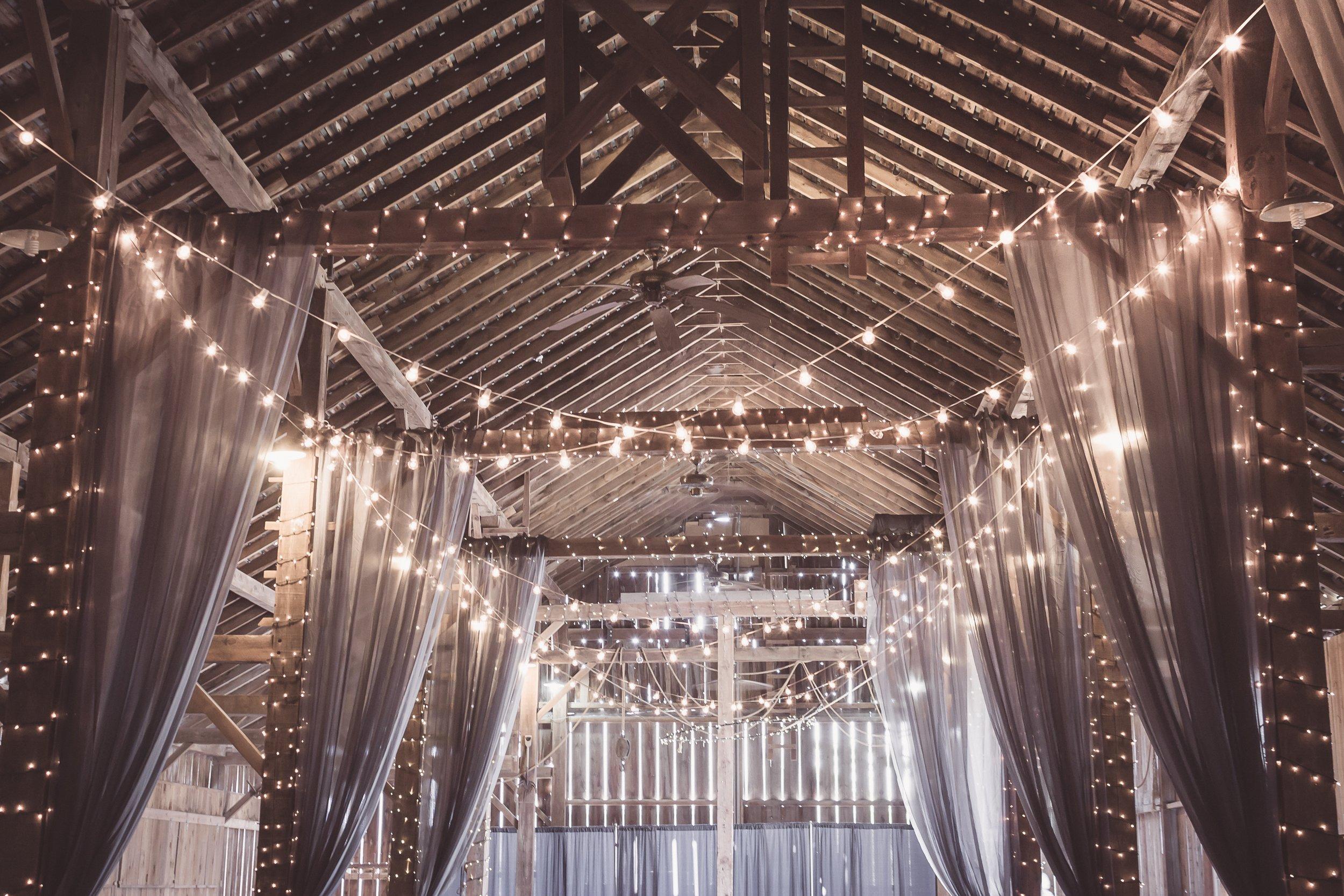 shelly-pence-662726-unsplash wedding barn.jpg