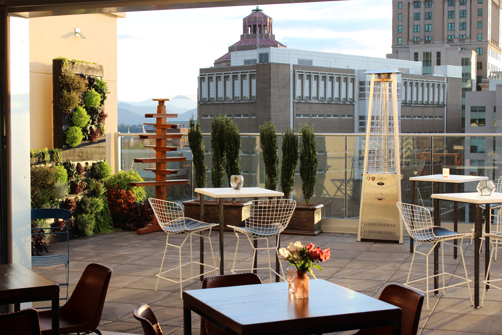Pillar Rooftop Bar -