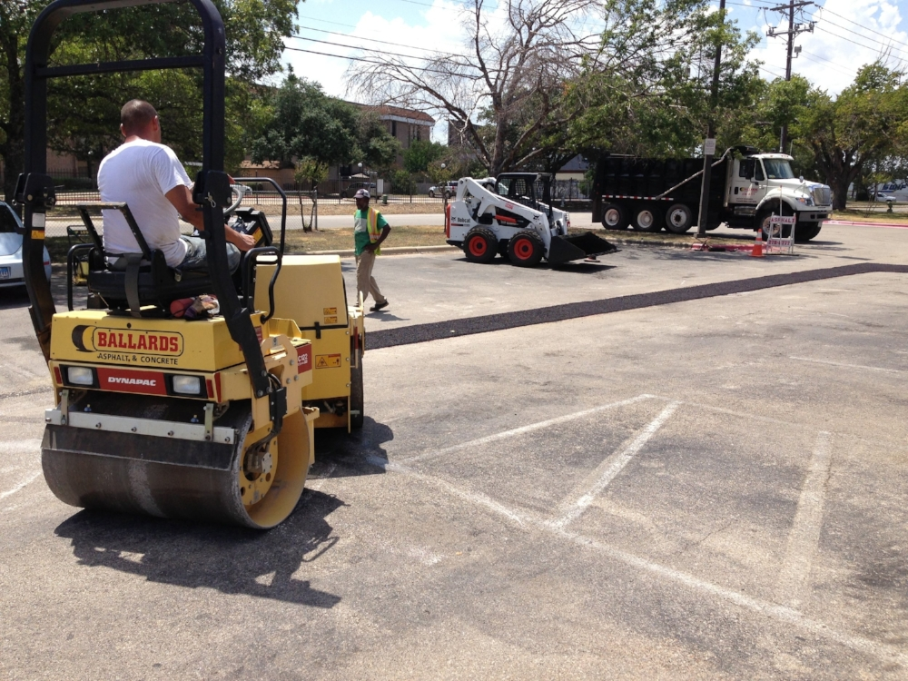 Asphalt-Repair- Parking-Lot.jpg