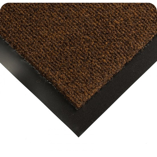290 Carpeted Entrance Way