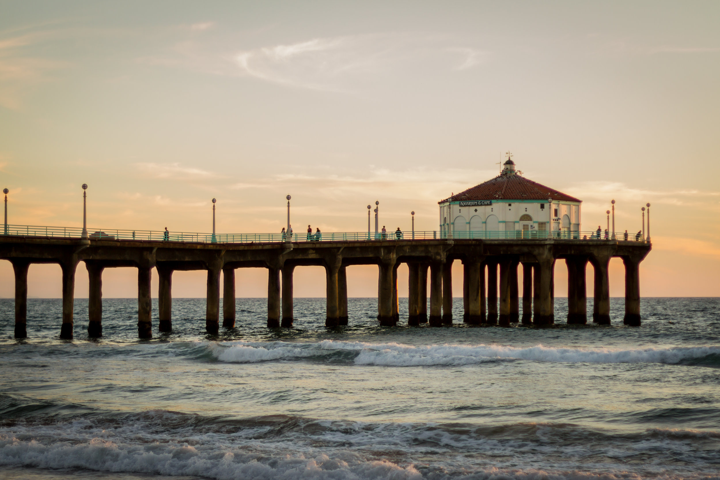 Manhattan Beach Pier - a South Bay must for portraits