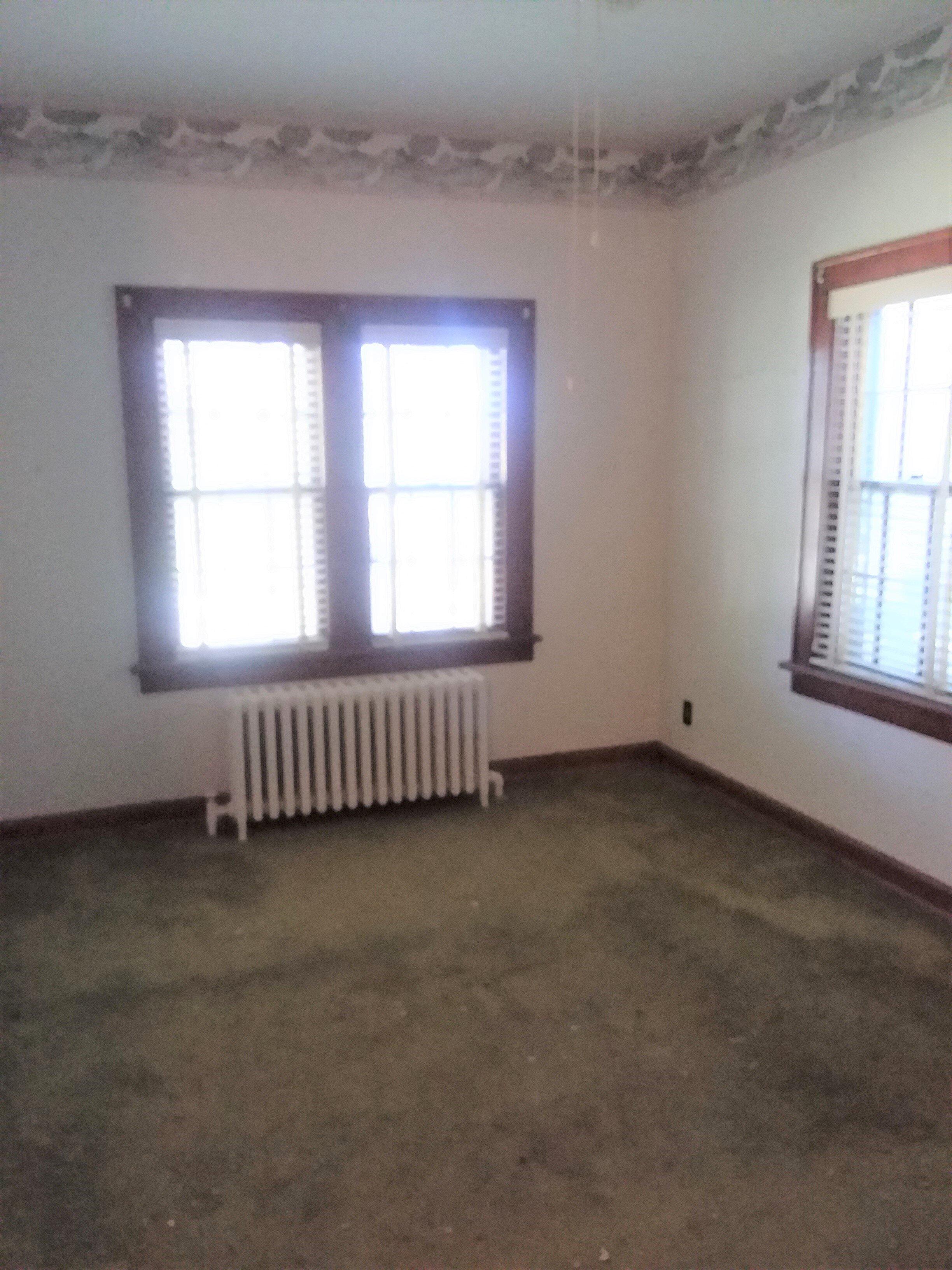 Northwest bedroom main floor.jpg