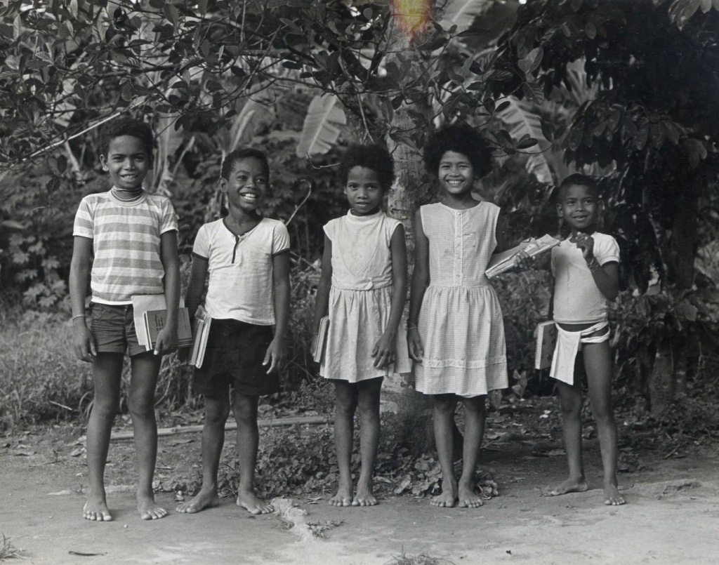In 1970 my parents sponsored these 5 Agta friends of mine to go to school. They were Sawe, Heni, Edna, Bita and Noler. At that time, the nearest school took 2 hours to hike to, in the town of Casiguran, so they didn't last in the program for very long. But it was a good start. The boys are no longer alive, but the two girls, Edna and Bita, have children and grandchildren in our school program now.