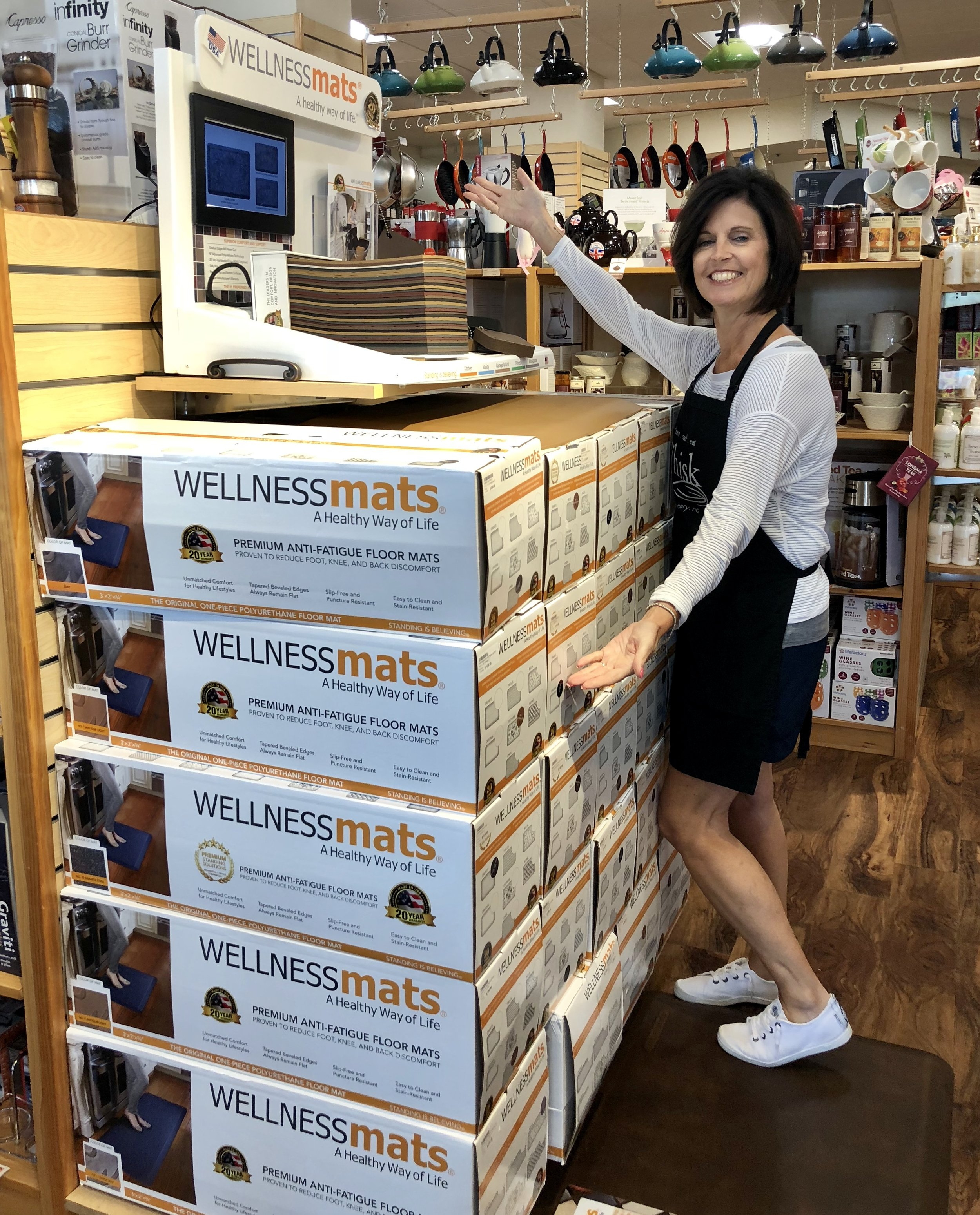 WellnessMats - Every home chef deserves to cook in comfort!Anti-fatigue mats are proven to reduce foot, knee and back pain.
