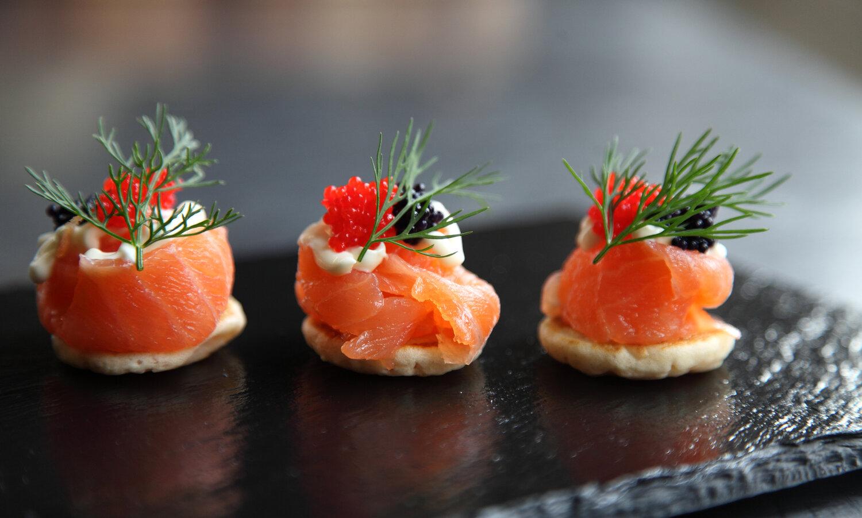 Smoked+Salmon+Blinis+Caviar.jpg