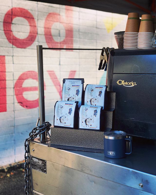 If you haven't been to the Alley for coffee, get down here ASAP! @rhetoricoutsidecart makes a mean latte or get a shot of espresso to go! @rhetoriccoffee  3188 telegraph ave (at hawthorne ave & telegraph) oakland 94609 open daily lunch service M-F (11am-2pm) coffee service M+F (8am-2pm 📍Kono Food Alley  #eatcommongrounds #commissary #foodhall #foodcourt #oakland #foodie #local #eatlocal #branding #bayareafoodie #bayareaeats #eeeeeats #eater #infatuation #tastethisnext #foodbeast #foodiegram #chowhound #foodexplorers #feedfeed #forkyeah #foodgawker #kono #oaktown #bringyourappetite #konofoodalley #foodtruck