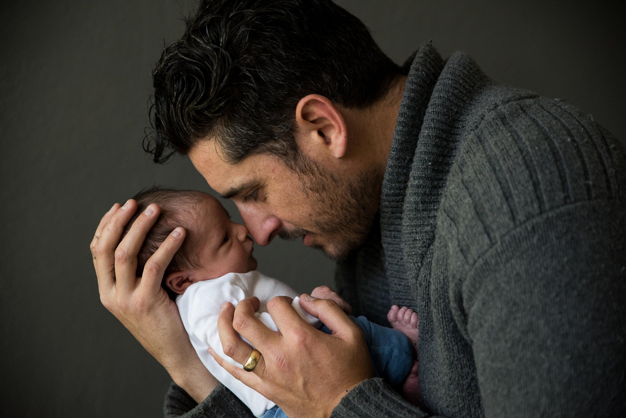 San Francisco Newborn Photographer, Amanda Anderson, photographs father and son