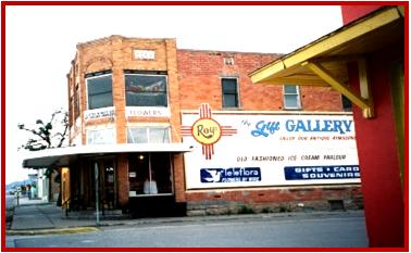19. Roy's Gift Gallery & Oldetime Ice Cream Parlor