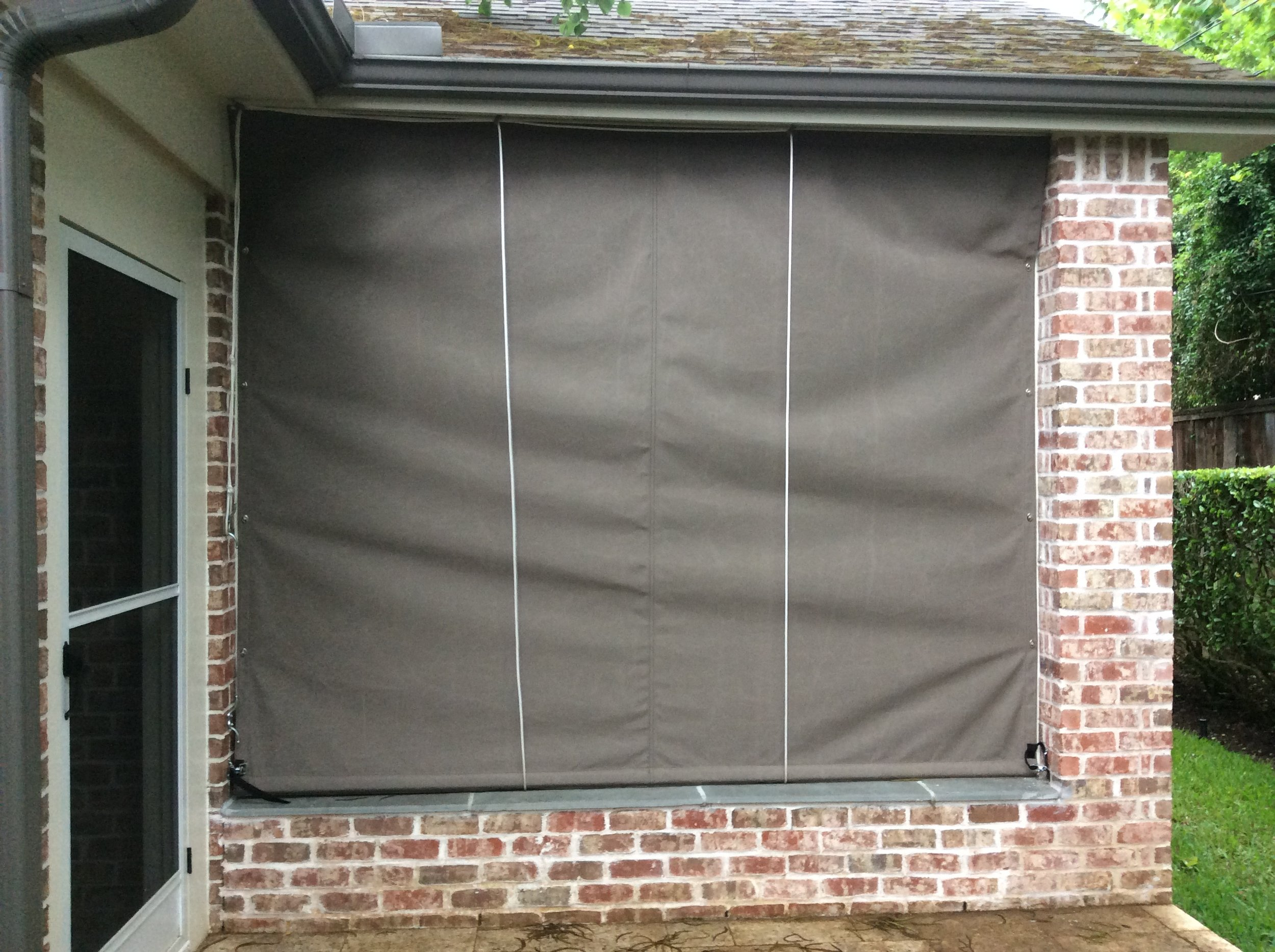 roll up curtains 1.JPG