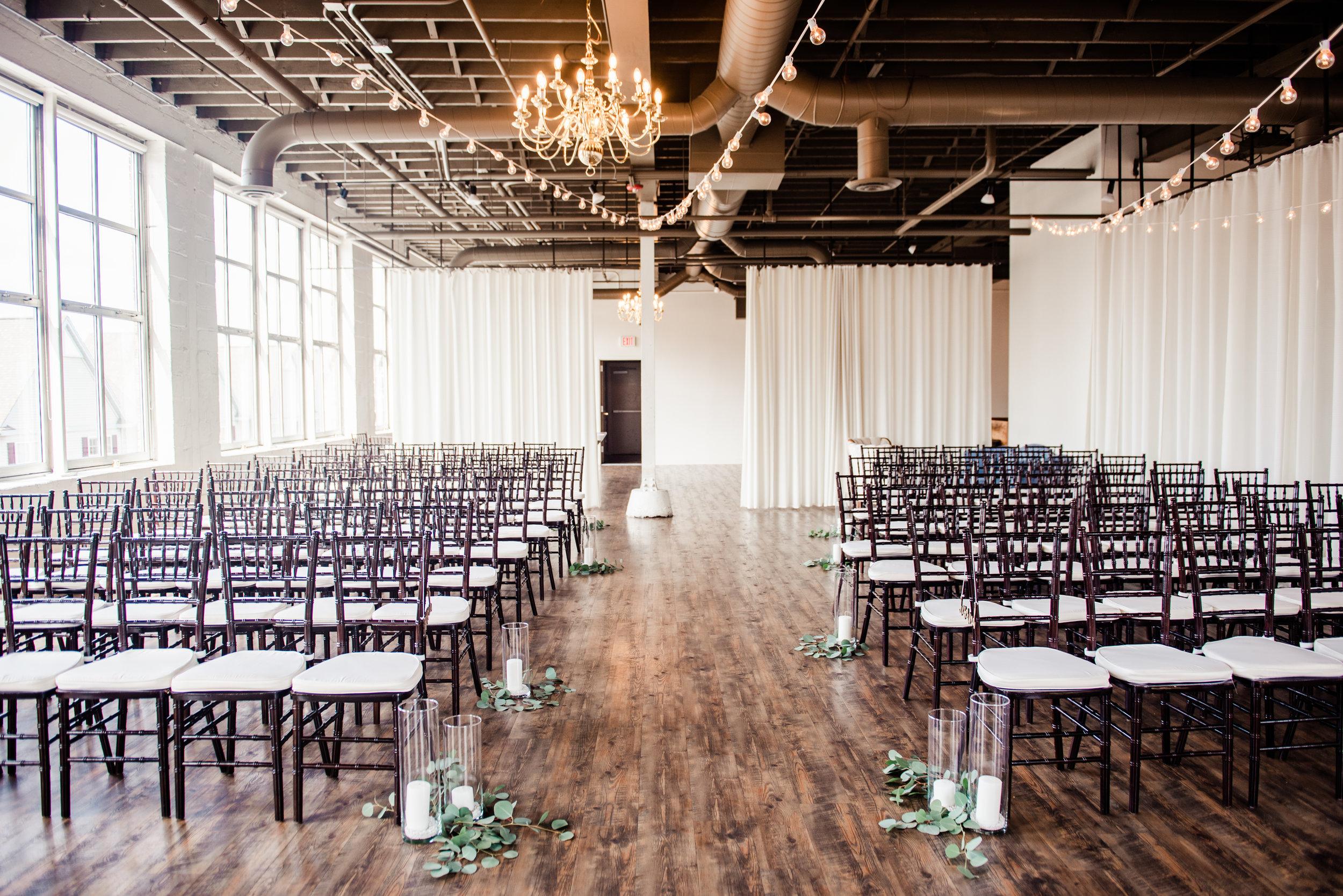 The_Arbor_Loft_Rochester_Wedding_JILL_STUDIO_Rochester_NY_Photographer_151045.jpg