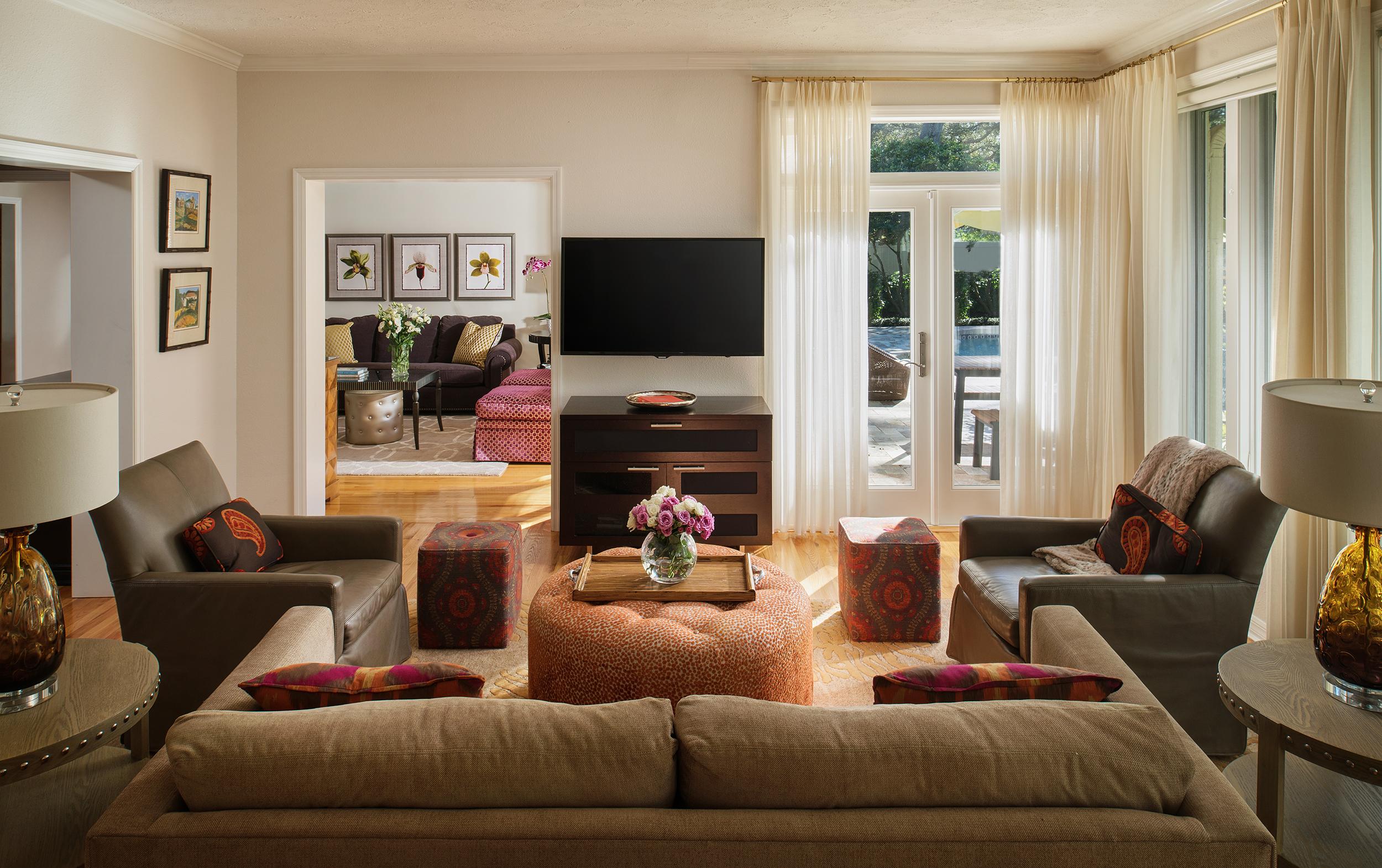 Kylie-Italiano---Shore-Crest-House---Family-Room.jpg