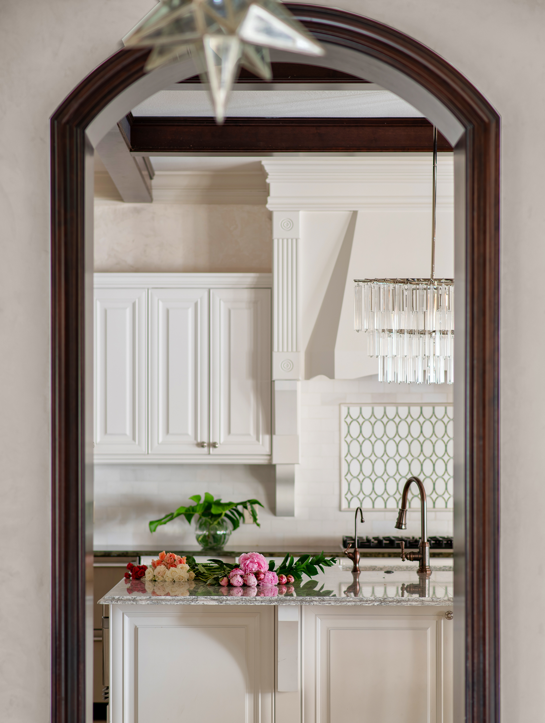 kylie-ponton---martinique---kitchen-framed-by-hall-crop---round-two.jpeg